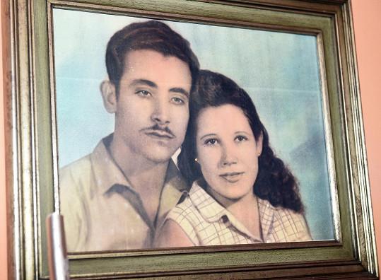 Takhle vypadali zamlada, když patřili mezi revolucionáře spolu s Fidelem Castrem a jeho bratrem Raúlem.
