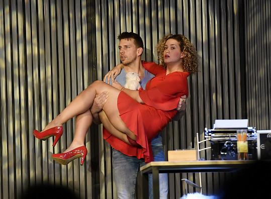Peter s Kateřinou hrají v jednom představení.