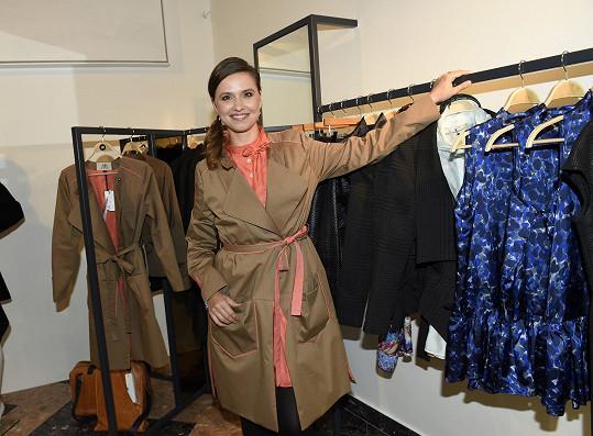 Zuzana Vejvodová na otevření nového butiku