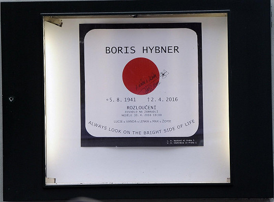 Poslední rozloučení s Borisem Hybnerem proběhlo v Divadle Na zábradlí, kde kdysi začínal.