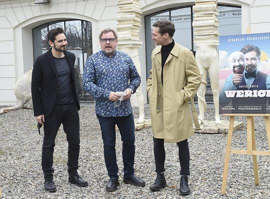 S Vojtou Kotkem bude alternovat roli Jana Wericha. Jeho starší podobu ve hře, která se bude uvádět na nádvoří Musea Kampa, ztvární Václav Kopta.