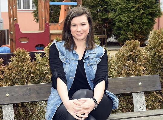 Eva Hacurová působí pět let v Divadle v Dlouhé.
