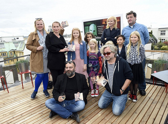 S kolegy včetně filmových dětí