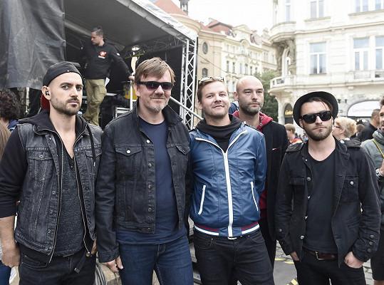 Na Staromáku vystoupil například Michal Hrůza s kapelou.