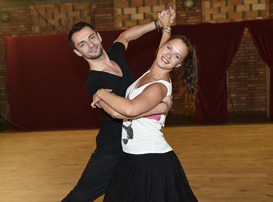 Kristýna prý miluje tanec...