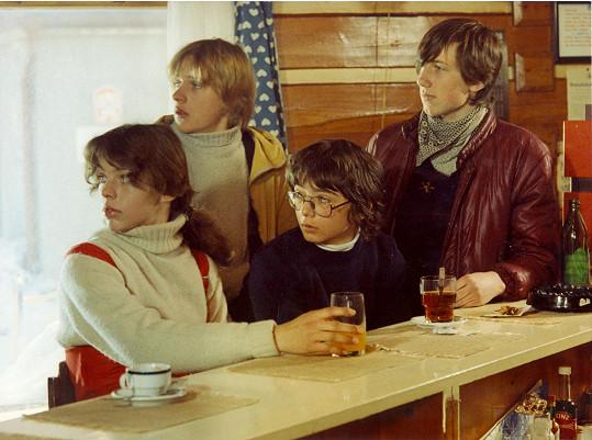 Eva Jeníčková, Václav Kopta, Michal Suchánek a Jan Antonín Duchoslav ve filmu Sněženky a machři