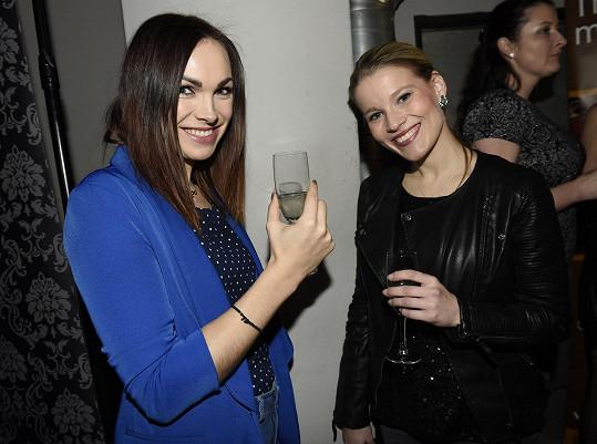 Kamila na křtu knihy s další Angelikou Míšou Gemrotovou