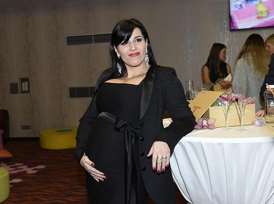Andrea Kalivodová je na začátku 7. měsíce.