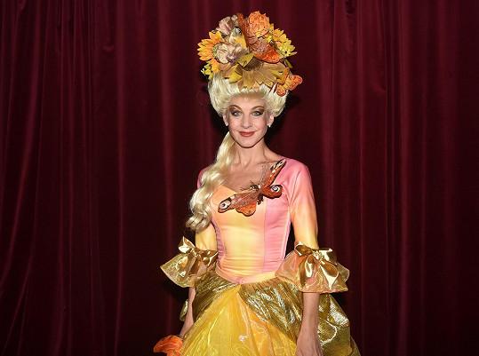 Sabina dostává role princezen i ve dvaačtyřiceti.