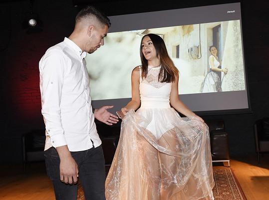 Eliška Rusková na křest svého prvního singlu oblékla velmi odvážný outfit.