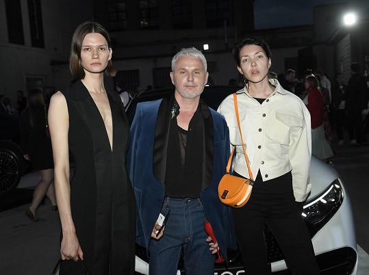 Topmodelka s kreativním ředitelem týdne módy Lukášem Loskotem