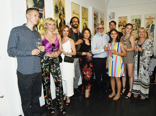 S kolegy z filmu na tiskové konferenci