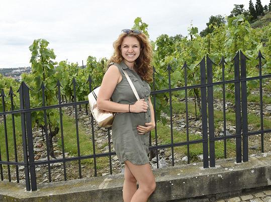 Andrea Antony je v šestém měsíci těhotenství.