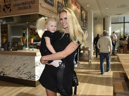 Lucie s dcerou Vanesskou