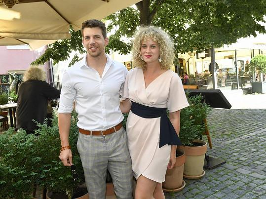Katka se snoubencem Peterem Pechou