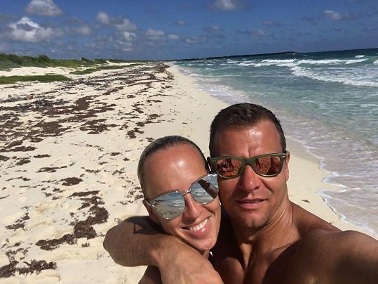 Belohorcová už několik let žije na Floridě s manželem Vlastou.