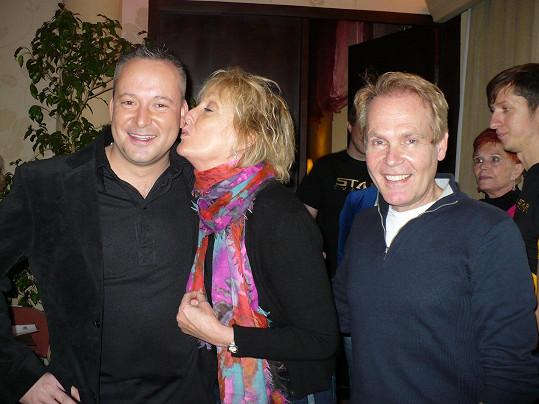 Richard Gibson (vpravo) byl zvědavý na Jagelkovo české šišlání, kterým daboval jeho hlas.