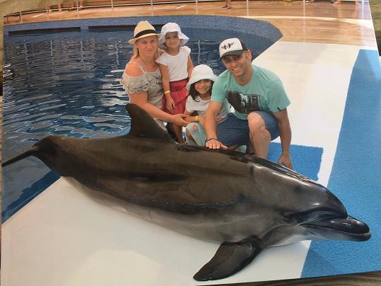 Vlasta si užíval dovolenou s rodinou.