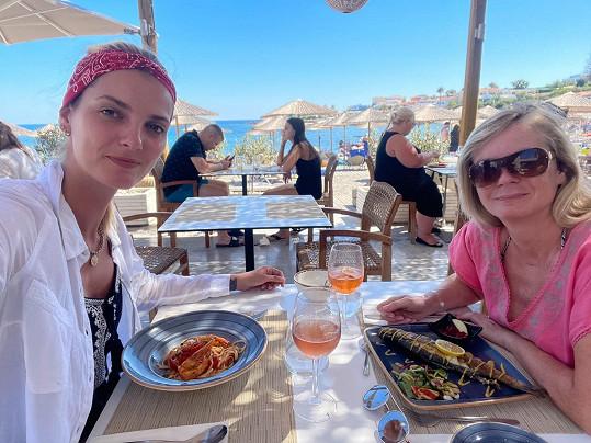 Poznávaly řeckou kuchyni.
