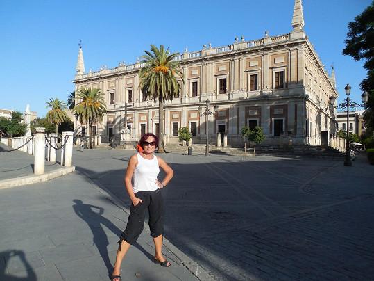Po nákupech vyzbyl čas i na romantické procházky Sevillou.