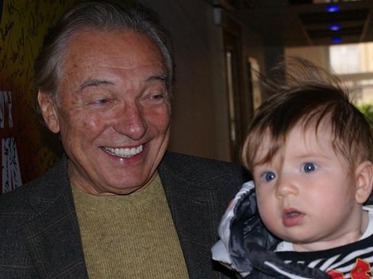 Lenka Dusilová se pochlubila synem Edwardem i Karlu Gottovi.