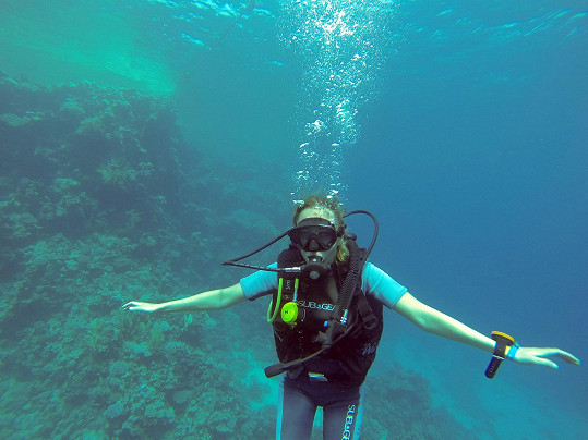 ... a pod vodou