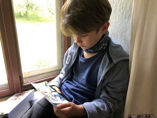 Nejmladšího Samuela si zahrál Kryštof Svátek.
