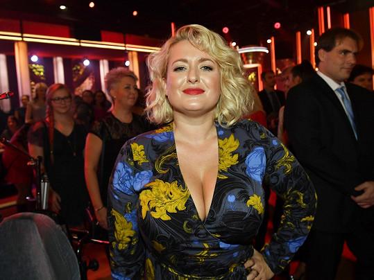 Miluše Bittnerová na show StarDance budila velkou pozornost.