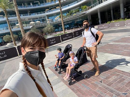 Zpěvačka s rodinou vyrazila na dovolenou do Dubaje.