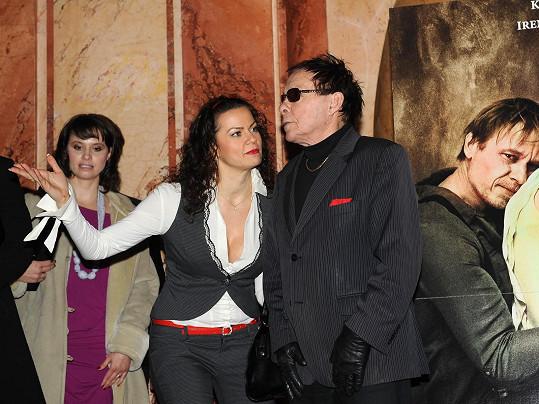 Vanda hraje první manželku Jana Saudka.