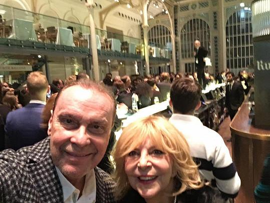 Na oslavě po premiéře v Královské opeře
