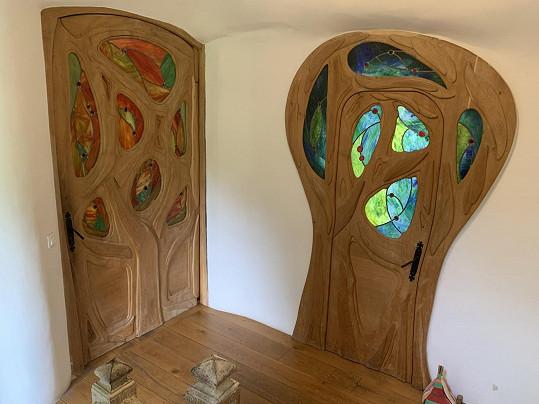 Slava sbírá i různé staré dveře.