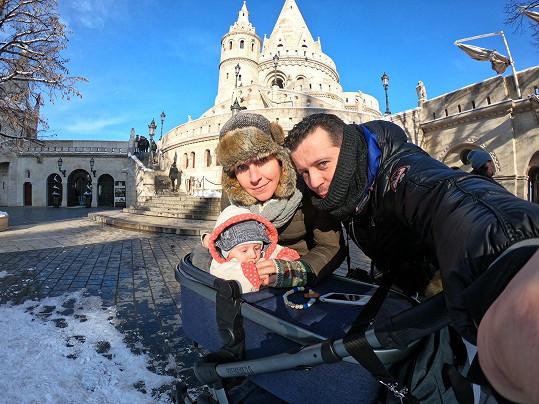 Michal je rád, že s malým Dejvíkem zvládli první dovolenou bez problémů.