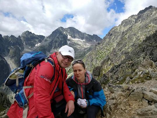 Lukáš s manželkou Jarkou milují hory.