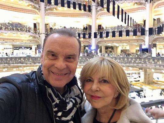Štefan Margita a Hana Zagorová ve slavném obchoďáku