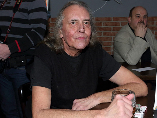 Vávra na sedmdesátinách Petra Hanniga