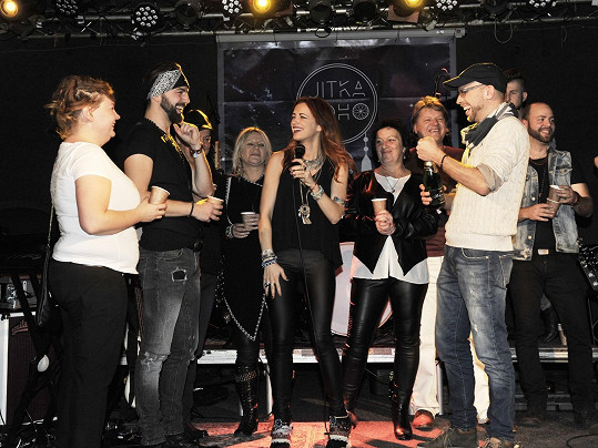 Během koncertu se křtil i klip k písni Hledání.