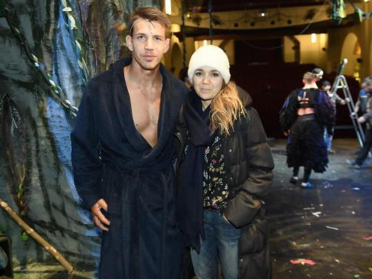Lucie pózovala s představitelem Tarzana Petrem Pechou...