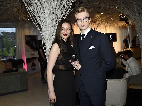 Na párty s kamarádkou Martinou Šmelovou. Přítelkyně Diana zůstala doma.