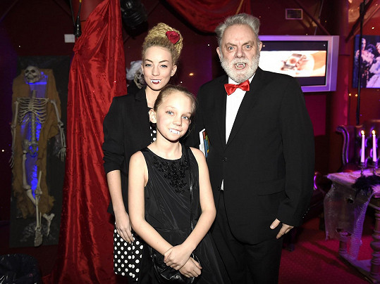Václav Upír Krejčí s dcerami