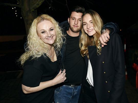 Na párty divadla Broadway s dcerou Viktorkou a jejím přítelem.