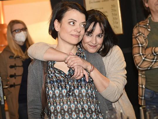 Tereza s kolegyní ze Slunečné Janou Strykovou
