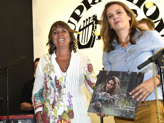 Aneta Langerová křtila vinyl Na Radosti.