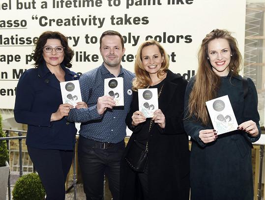 Ilona Csáková, Adam Chromý, Monika Absolonová a Petra Nesvačilová na křtu knihy Rekviem za Pluto