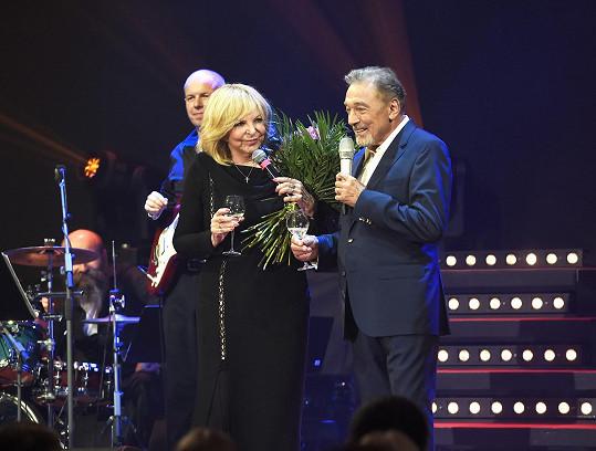 Zapěl na narozeninovém koncertě Hany Zagorové.