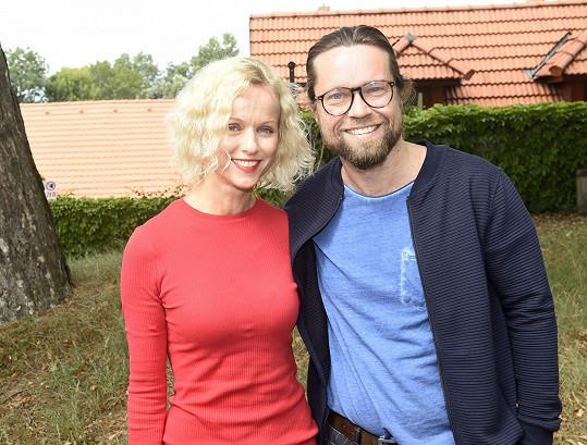 Richard a Karin Krajčovi si spolu zahrají ve filmu Gump.
