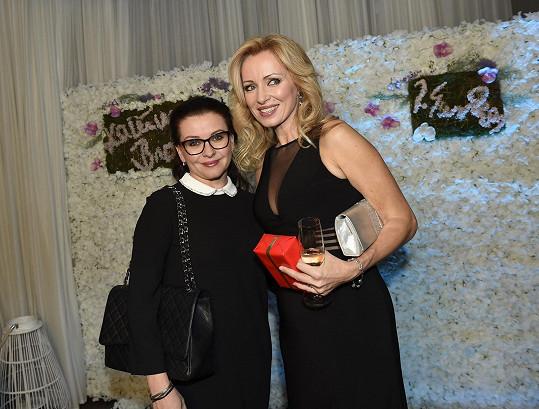 Dana Morávková s Kateřinou na oslavě narozenin