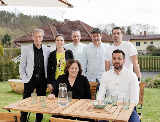 Jitka Smutná, Matěj Falc, Milan Hein a lékaři Nemocnice Slaný
