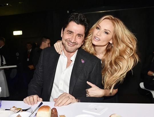 Adriana Sklenaříková s manželem Andrém