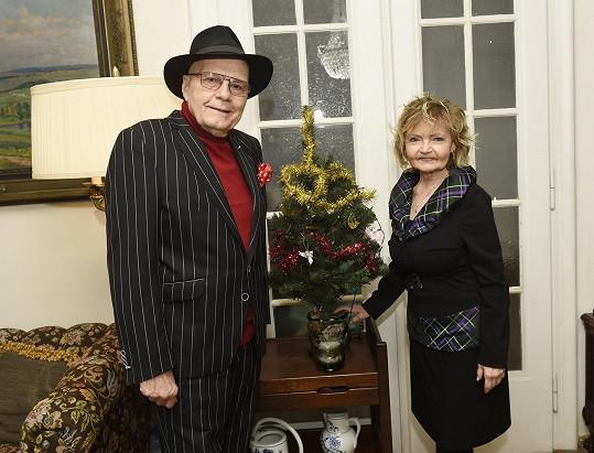 Svátky budou manželé trávit se svou rodinou.
